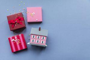 Housewarming Gift Ideas that Actually Warm